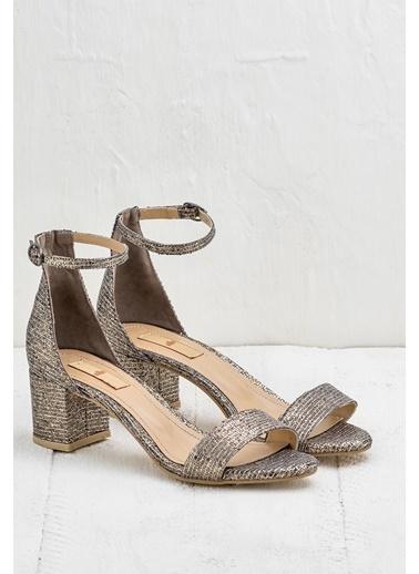 Elle Kalın Topuklu Sandalet Gri